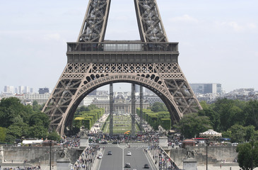 Eiffel Tower and Tourists