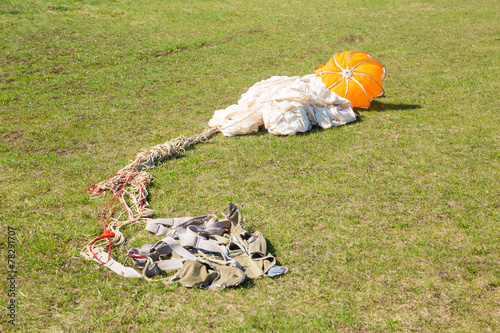 parachute for aiming lying on  ground - 78291707
