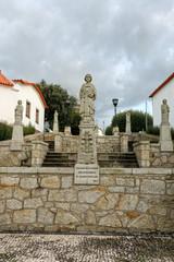 Santa Marinha statue