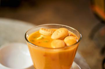 Hokkaido pumpkin soup with small bread