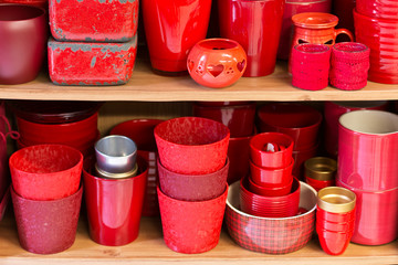 red flowerpots in the florist store