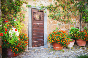 The door to the magic world, Tuscany