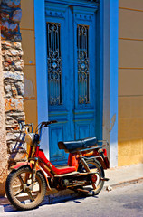 Digital painting of an old rusty moped in a  greek village