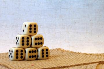 Игральные кубики 4