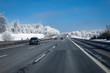 Winter Kälte Autobahn Fahrbahn Glätte - 78346332