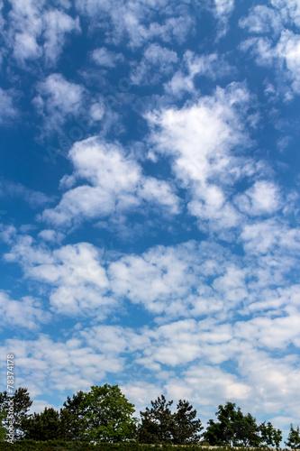 canvas print picture Wolken am blauen Himmel