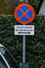 Schild Parkverbot Garagenbesitzer