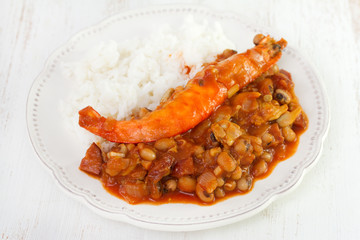beans with seafood and rice