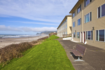 Ocean view lodgings Lincoln City Oregon.