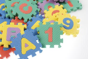 Educational puzzle pieces