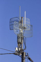 Outdoor wireless parabolic directional antennas on pole