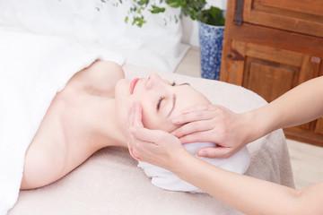 エステ Face massage