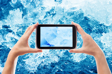 photographing smartphone ice crystals