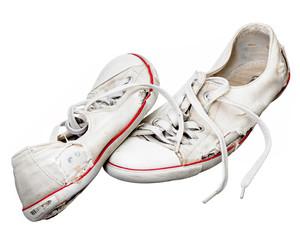 Alte weiße Sportschuhe