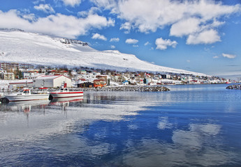 Iceland, Faskrudsfjord, View of marina and town