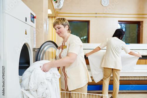 Hotel linen washing service - 78452527