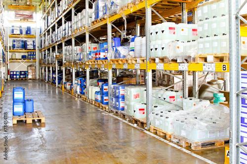Zdjęcia na płótnie, fototapety, obrazy : Chemical warehouse