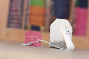 Tampon u. Teebeutel - unglücklich verliebt