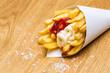Pommes Frites Rot - Weiß mit salz