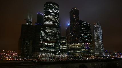Деловой центр в Москве вечером зимой