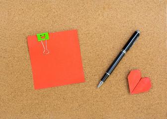Blank note on cork notice board