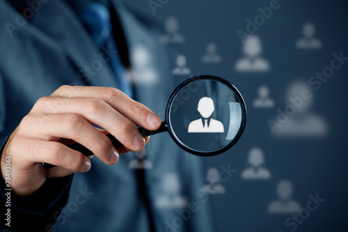 Individual customer service and CRM - 78493363