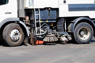 Street sweeper truck