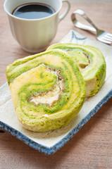 Matcha cake rolls