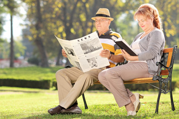 Elderly couple relaxing on a beautiful day