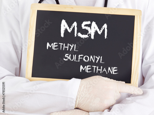 Doctor shows information: MSM methylsulfonylmethane - 78525391