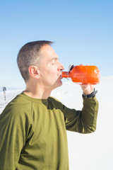 Staying hydrated while hiking