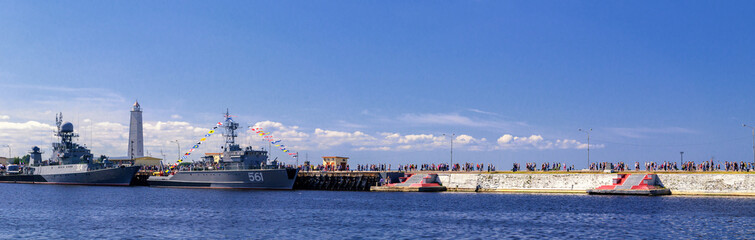 The parade of warships in Kronstadt