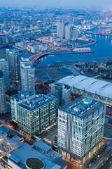 横浜 みなとみらいの高層ビル街