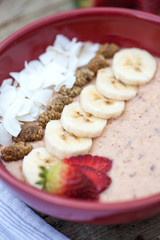 Porridge with fruits and coconut chips