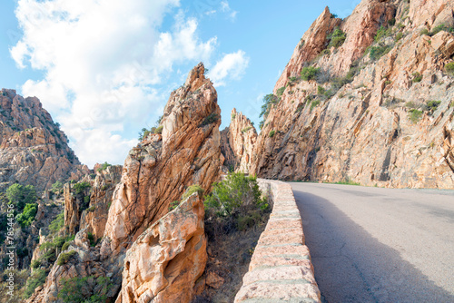 Fotobehang Canyon On the road, Les Calanches, UNESCO heritage, Corsica France
