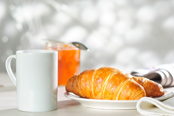 croissant and apricot jam