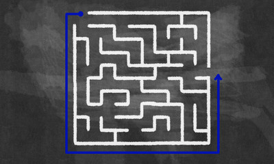 Labyrinth pattern