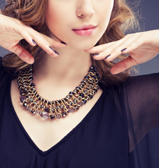 Jewelry and Beauty. Fashion photo
