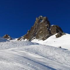 Ski slope and mountain peak, scene in the Flumserberg ski area