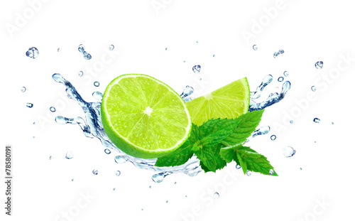 lime and water splash © slawek_zelasko