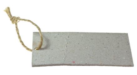 étiquette carton et ficelle recyclable, fond blanc