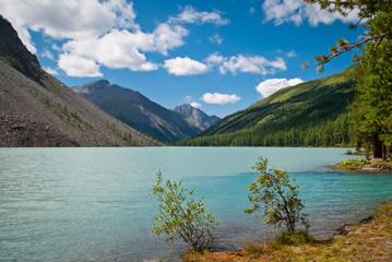 middle Shavlinskiy Lake