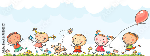 Happy kids running - 78592347