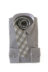 おしゃれなシャツとネクタイ