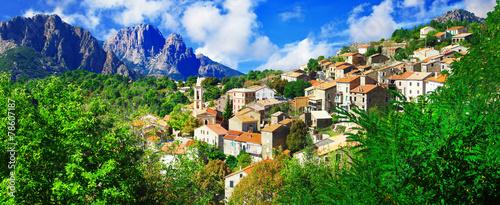 Papiers peints Europe Méditérranéenne Evisa - beautiful mountain village in Corsica