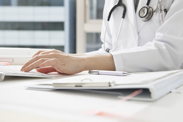 Women physicians are entering the medical record