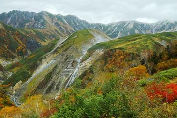 立山 秋のソーメン滝