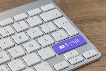 E-Mail on modern Keyboard