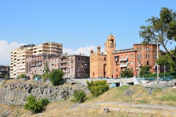 Викариальная церковь Св. Саргис в Ереване