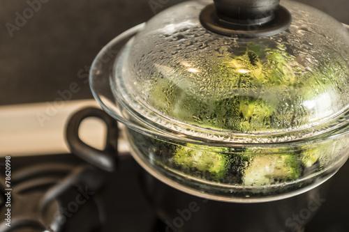 broccoli al vapore - 78620998